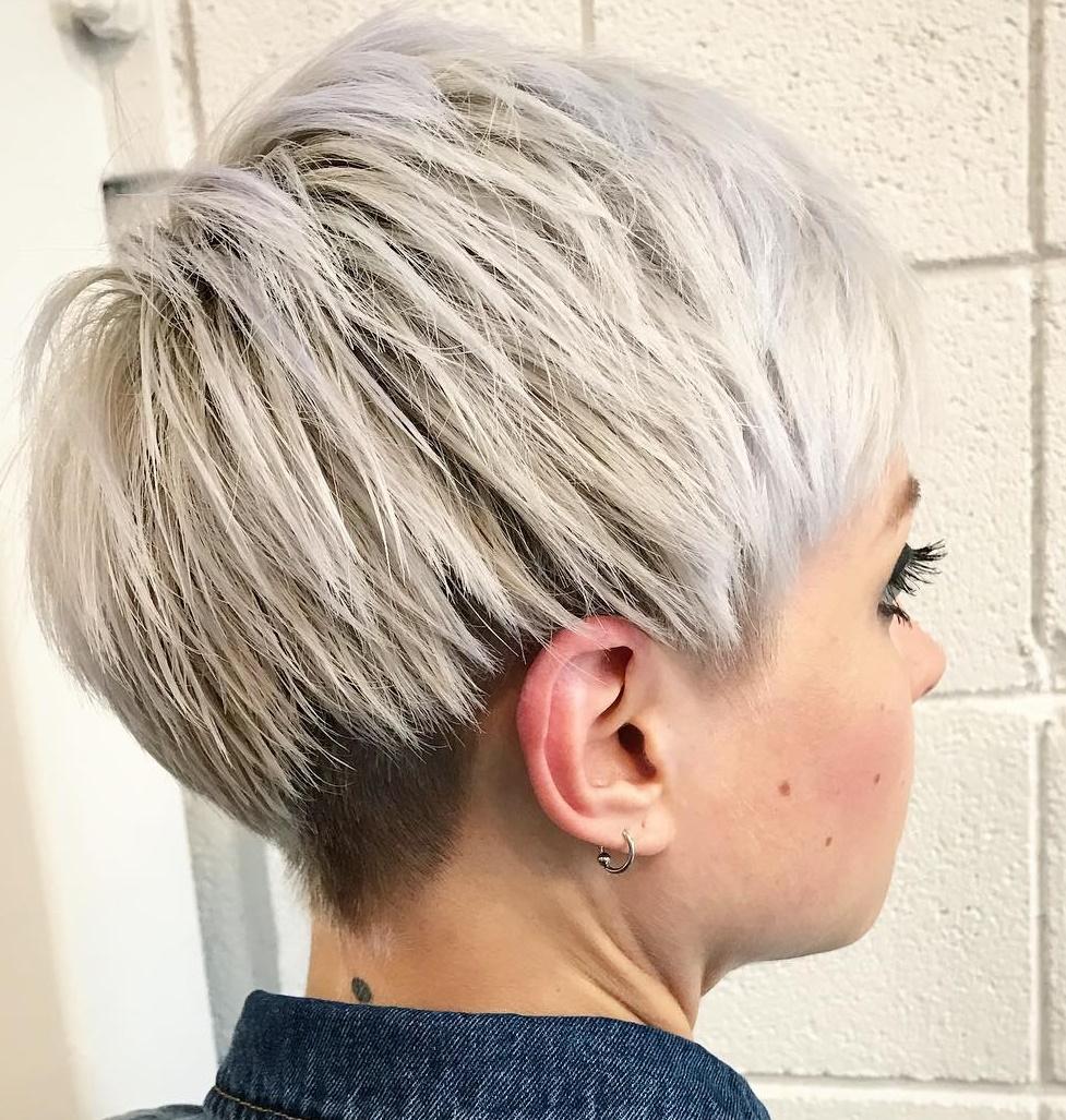 gelbe haare pixie frisuren