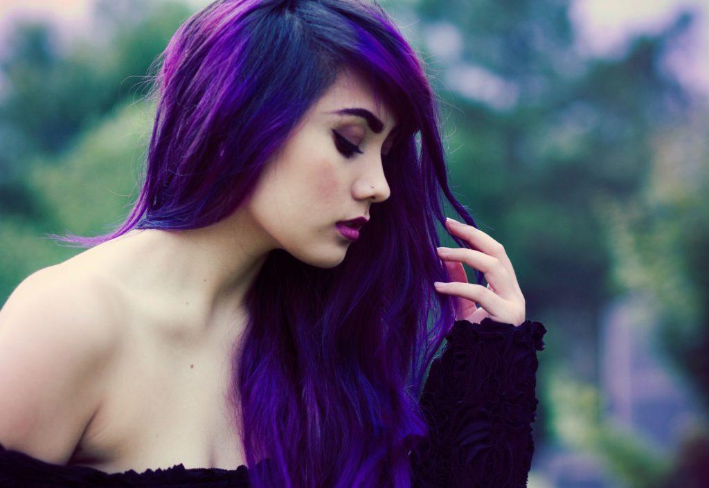 Haarfarben Lila Rot