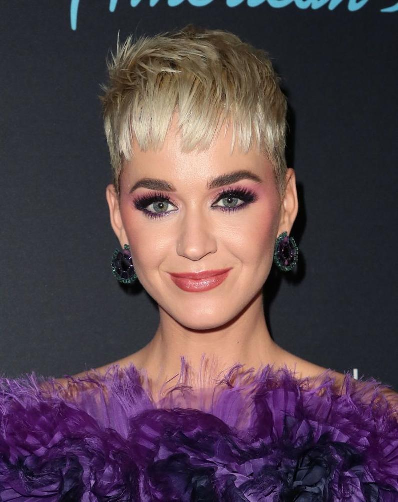 Kurzhaarfrisuren Damen 2021 Katy Perry