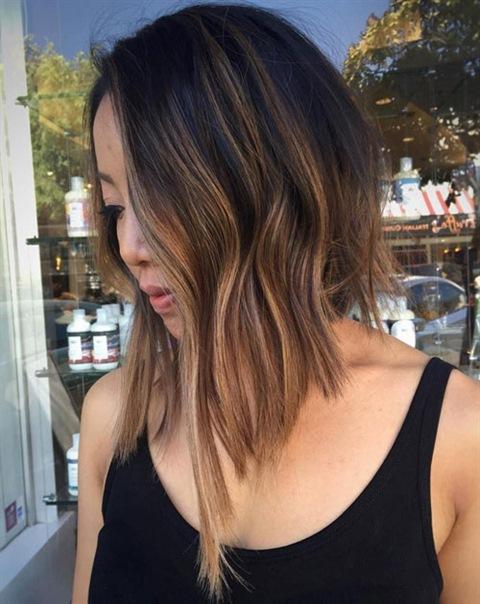 Asymmetrische Frisuren Halblang
