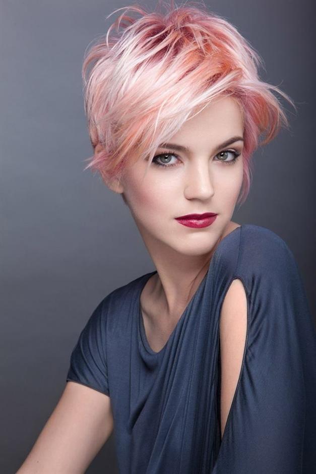 Kurzhaarfrisuren Damen 2021 Pink