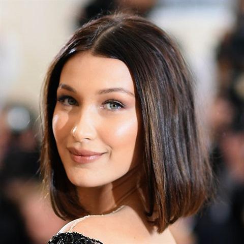 Frisuren Halblang Damen 2021